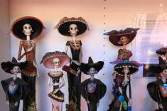 Dia de los Muertos figurines