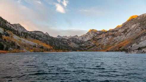 Sunrise at Lake Sabrina