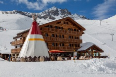 Restaurant with teepee on the way to Eggishorn